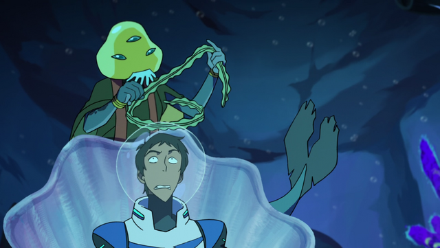 File:S2E02.204a. Lance what the heck is that 2.png