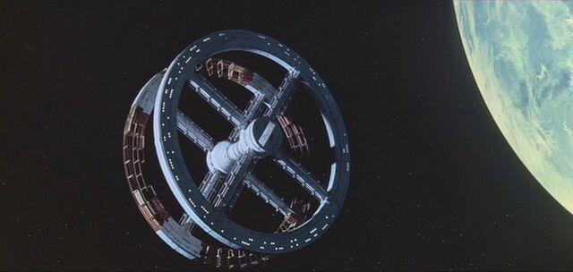 Plik:Space Station V.jpg