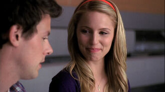 Finn-Quinn-1x09-Wheels-glee-couples-11839831-1280-720