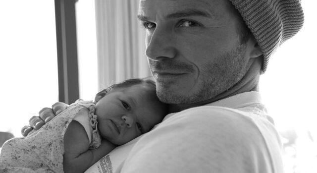 File:David+Beckham Harper+Seven+Beckham Victoria Posh+Spice Baby+Girl+Beckham Celebrity+Dads Celebrity+Mums Celebrity+baby+photo.jpg