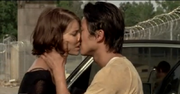 800px-Glenn and Maggie..2 (and Daryl)
