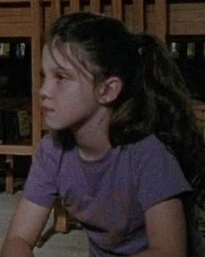File:Girl in purple (season 4 trailer).png