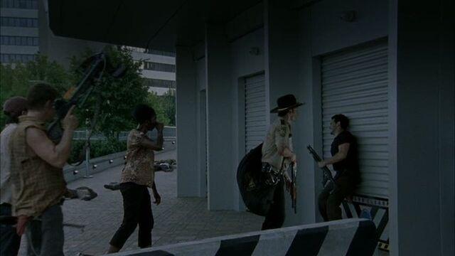 File:Reedus-in-The-Walking-Dead-Wildfire-norman-reedus-26021446-853-480.jpg