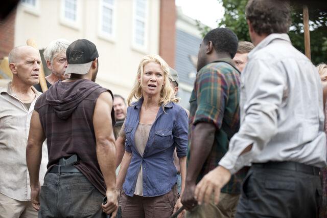 File:Walking-Dead-309-15.jpg