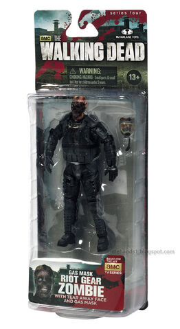 File:Walking Dead action figures TV series 4 Riot Gear Gas Mask Zombie 02.jpg