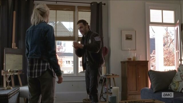 File:Try-rick-pleads-jessie-to-let-him-help-her.jpg