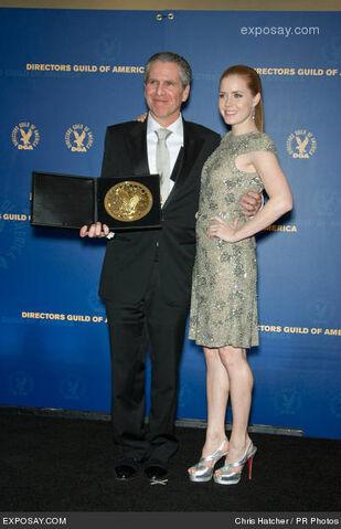 File:Dan-attias-and-amy-adams-61st-dga-awards-room-hQZIBL.jpg