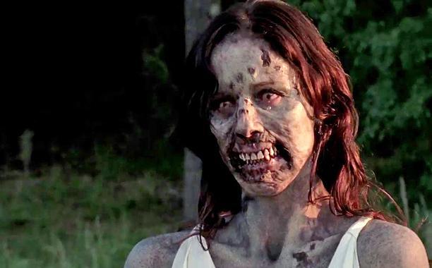 File:Lori as a zombie.JPG
