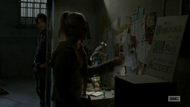 File:Beth going to discard the 3 in the episode title.JPG