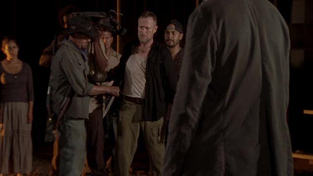 File:The Walking Dead S03E08 2843.jpg