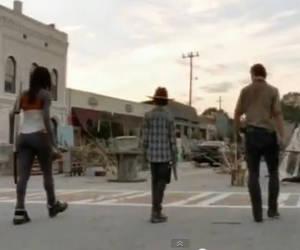 File:Rick Carl Michonne in unknown town.jpg