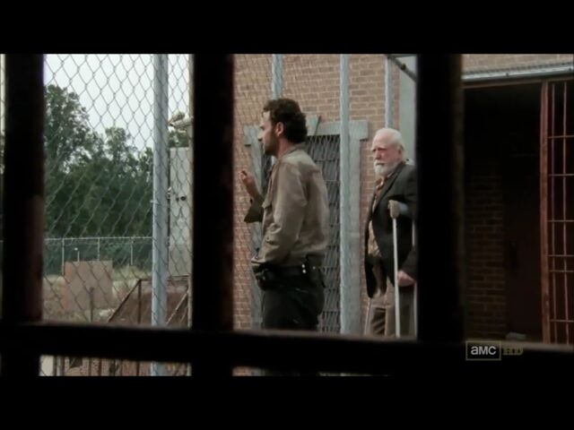 File:Hershel and rick end s3ep13.jpeg