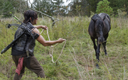AMC 513 Daryl Approaches Buttons.png