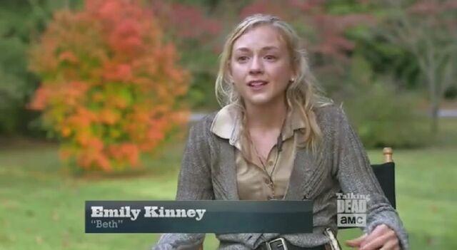File:Emily Kinney crying in Scott Wilson tribute.JPG