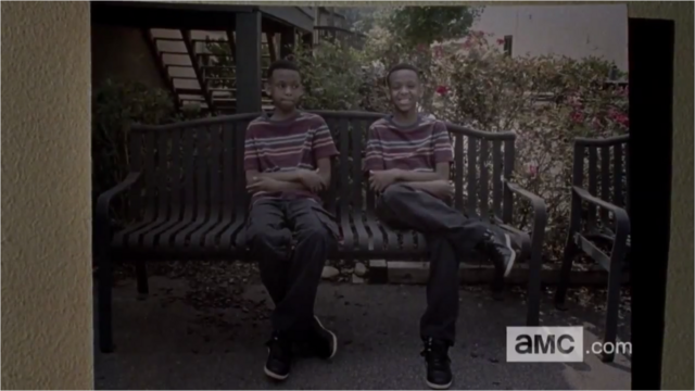 File:5x09 Noah With His Brother 1.png
