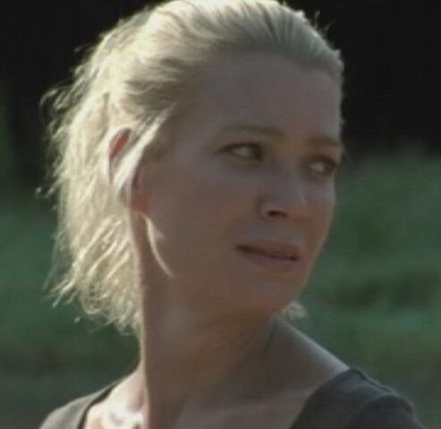 File:Andrea watching Beth.JPG