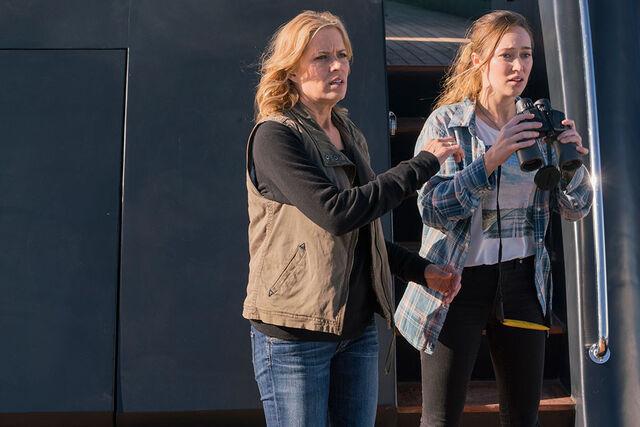 File:Fear Season 2 Alicia and Madison.jpg