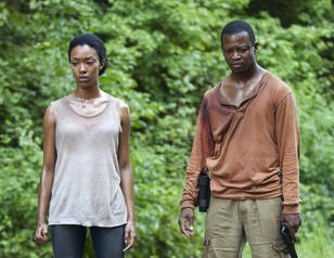 File:The-Walking-Dead-Alone-Bob-Sasha.jpg