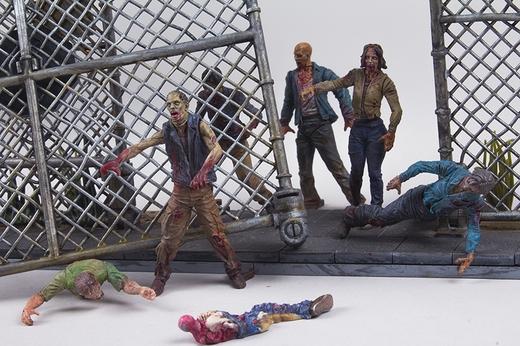 File:The Walking Dead Construction Prison Tower 2.jpg