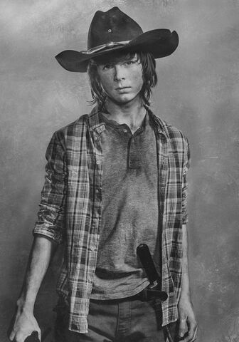 File:Walking-Dead-Season-6-silver-cast-portrait-04.jpg