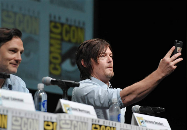 File:Reedus Panel SDCC 13.png