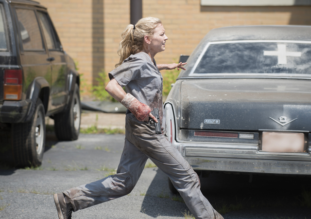 File:AMC 504 Beth Fleeing.png