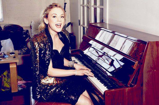 File:Emily kinney piano.jpg