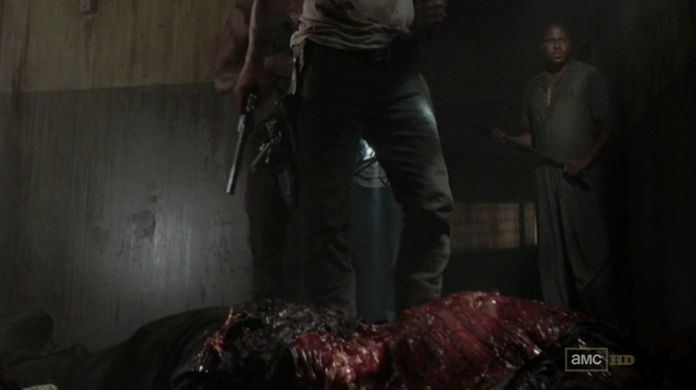 File:T-Dog corpse 3x04.png