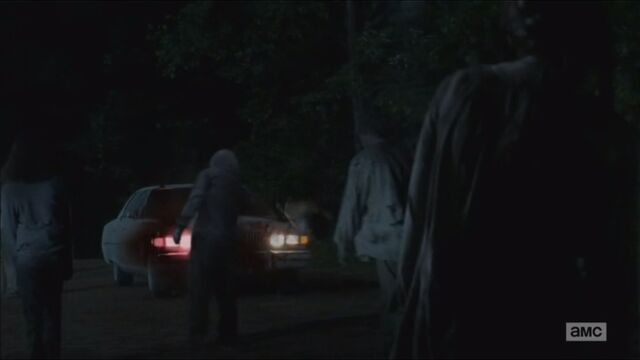 File:The-distance-glenn-drives-through-walkers.jpg