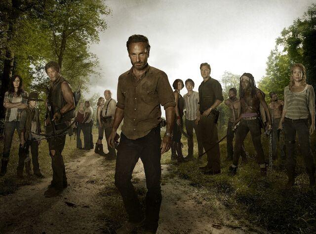 File:The-walking-dead-season-3-cast-1-.jpg