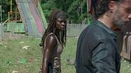 Michonne and Rick 7x12 Carnival
