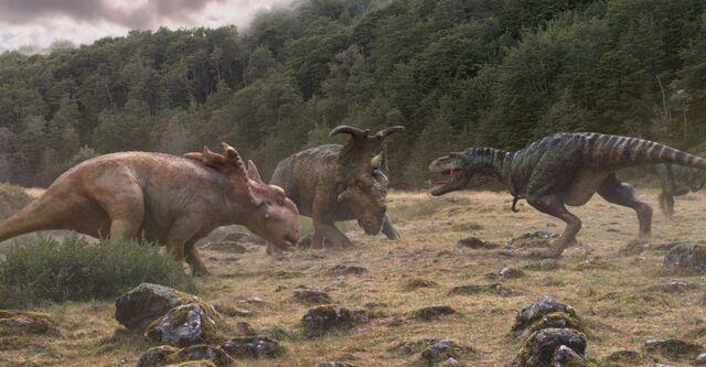 File:GorgosaurusVsPachyrhinosaurus.jpg
