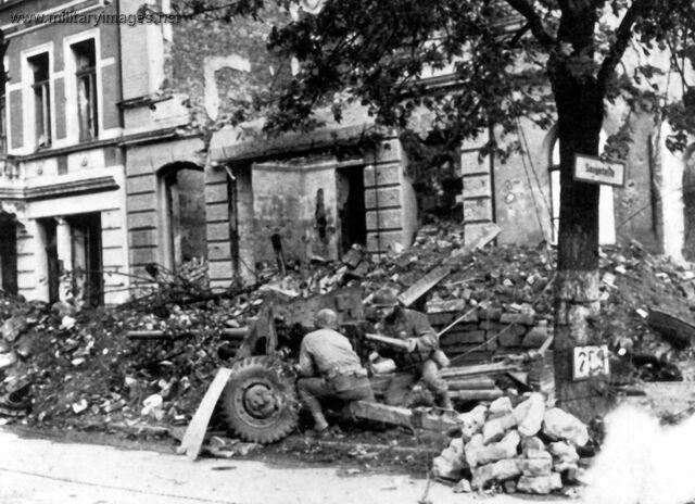 File:WWII Aachen Germany US Army.jpg