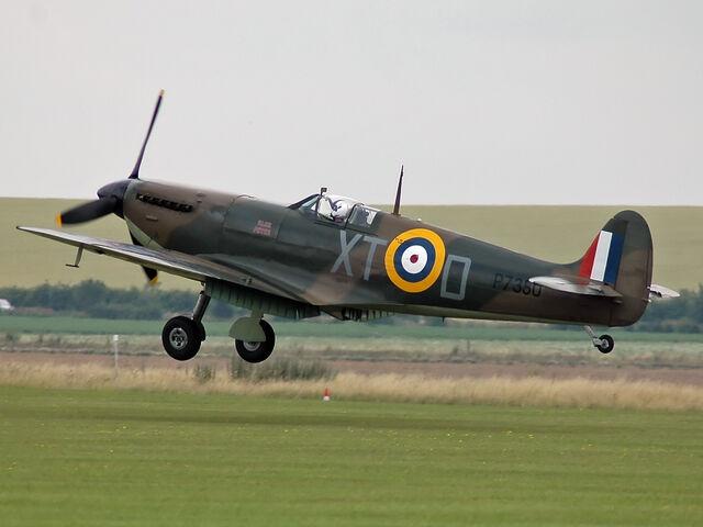 File:Spitfire IIA P7350.jpg