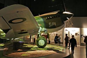 File:P-40 Kittyhawk.jpg