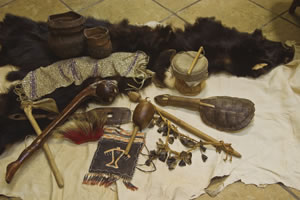 File:Lenape artifacts woodland.jpg