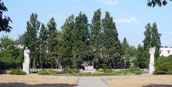 Pomnik rozstrzelanych w Wawrze panorama