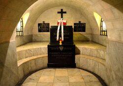 Grób Gabriela Narutowicza Katedra Św. Jana.JPG