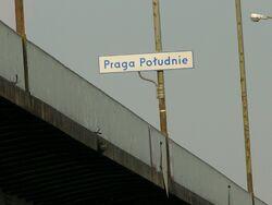 Granica dzielnic na Moście Łazienkowskim