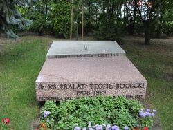 Grob ks Boguckiego
