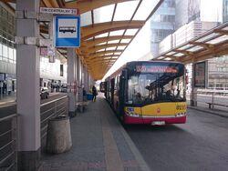 525 (Dworzec Centralny).jpg