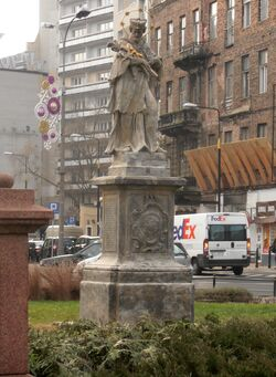Pomnik św. Nepomucena (plac Trzech Krzyży).JPG