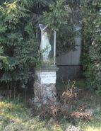 Trakt Lubelski (budynek nr 237b, kapliczka)