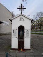 Międzyborska, Spalinowa (kapliczka)