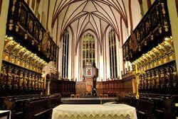 Prezbiterium katedra św. Jana.JPG