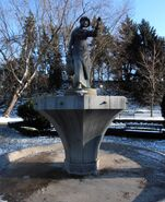 Park Żeromskiego (rzeźba Dziewczyna z dzbanem)