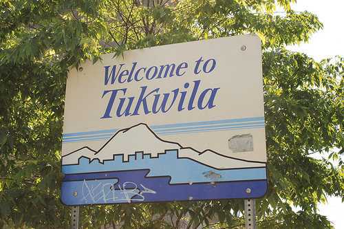 File:Tukwila welcome sign.jpg