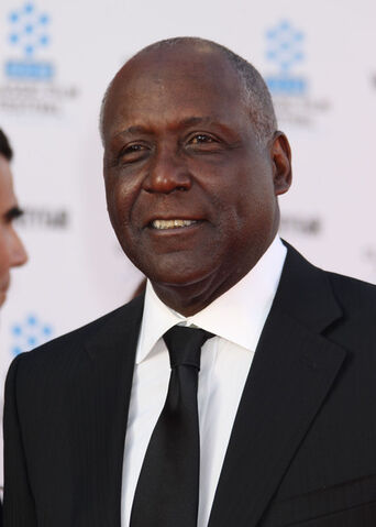 File:Richard Roundtree 2011.jpg