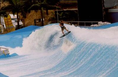 Wave Pool With Water (2)-1
