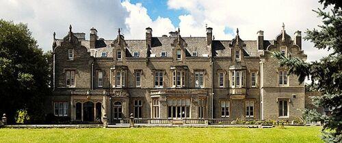 Winterfell Manor